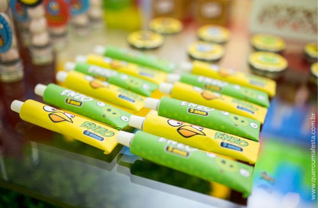 Festa Angry Birds - bisnagas personalizadas