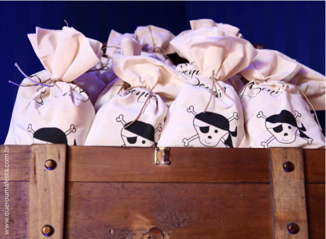 saquinhos personalizados para lembrancinhas Festa Pirata