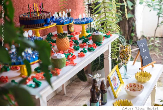 enfeites para Festa Churrasco na Laje, decoração festa na laje, mesa festa na laje