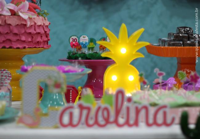 festa tropical, enfeites festa tropical, decoração festa tropical, lembrancinhas tema tropical, enfeites festa tropical, decoração tropical, bolo festa flamingo, tags festa flamingo
